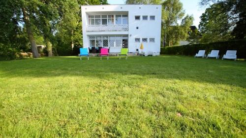 Balatonboglár ház külső képek